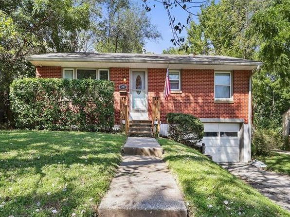 3 bed 2 bath Single Family at 5702 N Brooklyn Ave Kansas City, MO, 64118 is for sale at 110k - 1 of 23