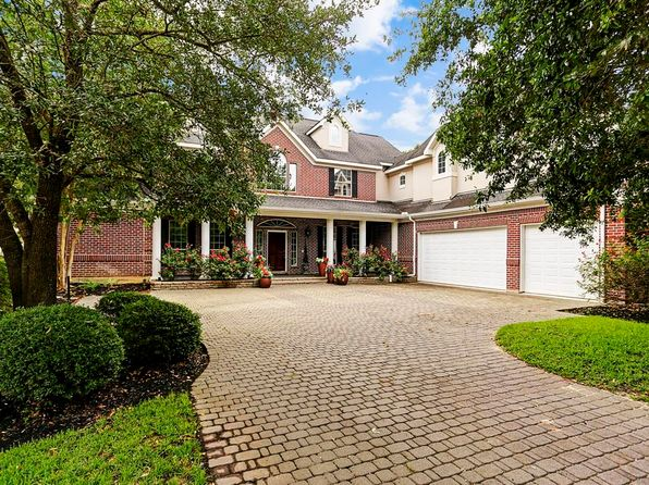 5 bed 5 bath Single Family at 5 WOODSHAY DR MONTGOMERY, TX, 77356 is for sale at 679k - 1 of 32