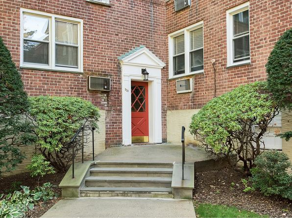 3 bed 2 bath Cooperative at 320 Palmer Ter Mamaroneck, NY, 10543 is for sale at 299k - 1 of 28