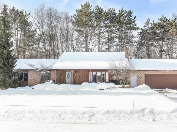 3 bed 2.5 bath Single Family at 1901 Frontier St SW Wyoming, MI, 49519 is for sale at 230k - 1 of 33