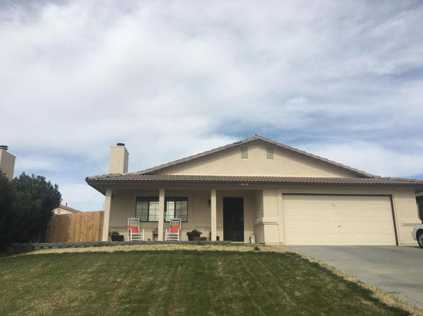 3 bed 2 bath Single Family at 2113 Hillcrest Ave Rosamond, CA, 93560 is for sale at 255k - 1 of 9