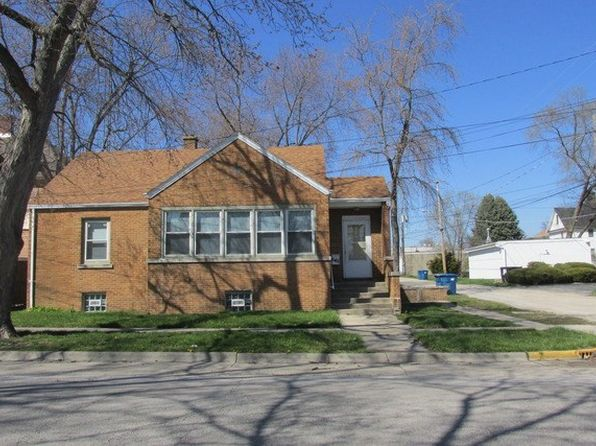 3 bed 1 bath Single Family at 645 E Merchant St Kankakee, IL, 60901 is for sale at 30k - 1 of 2