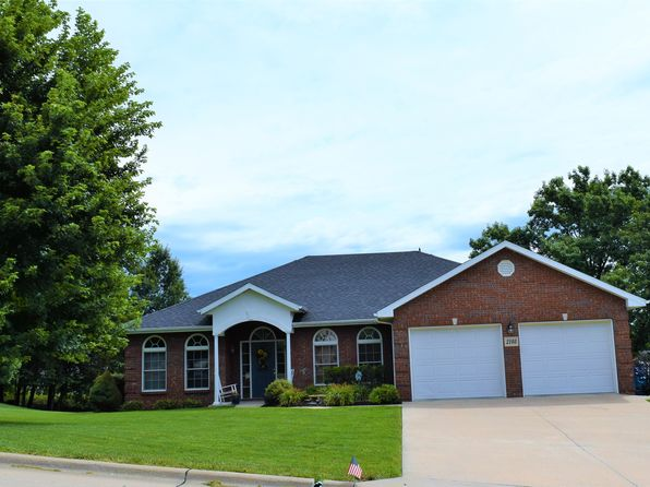 4 bed 3 bath Single Family at 2103 Whitney Woods Dr Jefferson City, MO, 65101 is for sale at 320k - 1 of 55