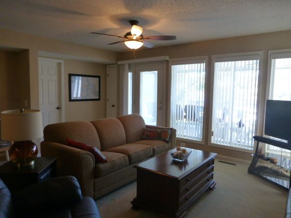 2 bed 2 bath Condo at 1281 Buckingham Dr Camdenton, MO, 65020 is for sale at 148k - 1 of 29