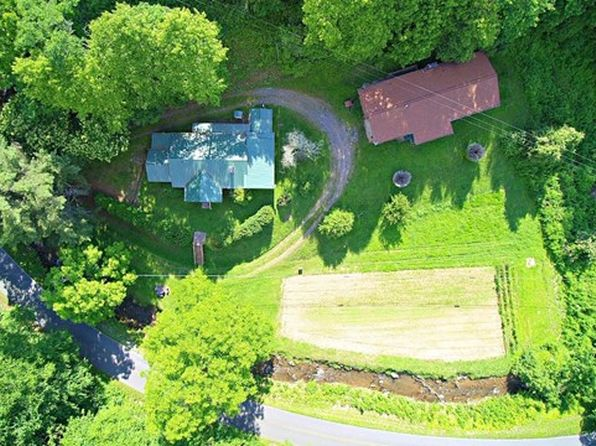 3 bed 2 bath Single Family at 904&906 Pumpkintown Rd Sylva, NC, 28779 is for sale at 265k - 1 of 36