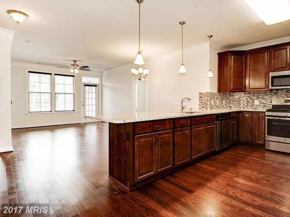 2 bed 2 bath Condo at 13724 Neil Armstrong Ave Herndon, VA, 20171 is for sale at 398k - 1 of 30