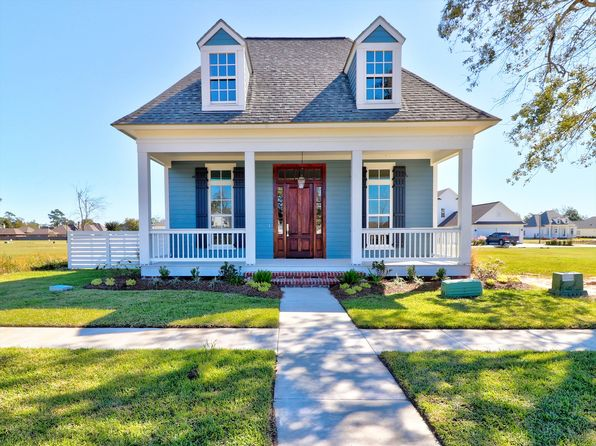 4 bed 3 bath Single Family at 2023 St Patrick Ave Lake Charles, LA, 70601 is for sale at 395k - 1 of 13