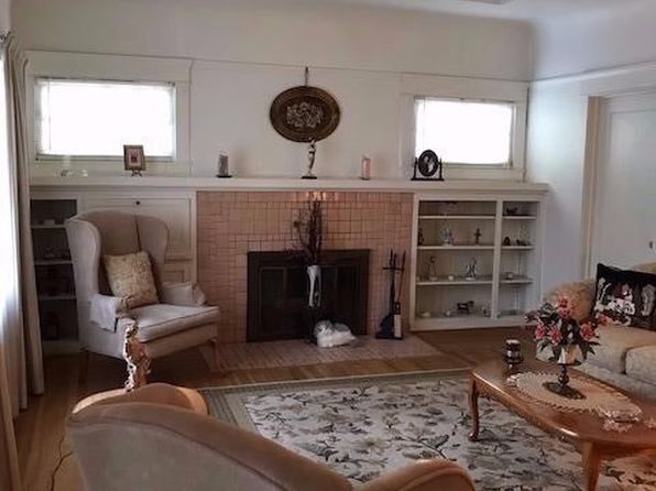 2 bed 1 bath Single Family at 1325 W Magnolia St Stockton, CA, 95203 is for sale at 240k - 1 of 6