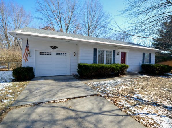 2 bed 1 bath Single Family at 1830 W Amos Dr Columbia, MO, 65203 is for sale at 124k - 1 of 18
