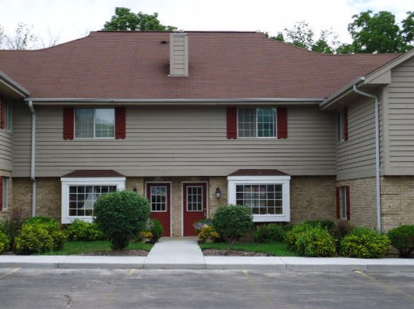 1 bed 2 bath Condo at N87W16420 Appleton Ave Menomonee Falls, WI, 53051 is for sale at 180k - 1 of 14