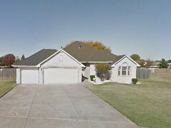 4 bed 2 bath Single Family at 1335 W AGATE WAY MUSTANG, OK, 73064 is for sale at 200k - google static map