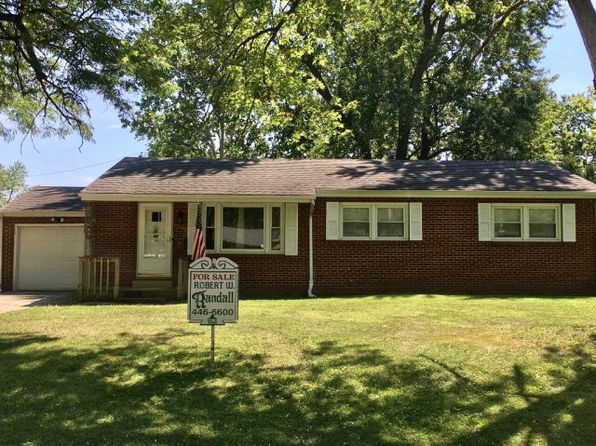 3 bed 2 bath Single Family at 1509 Sherman St Danville, IL, 61832 is for sale at 70k - 1 of 14