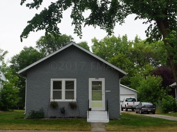 2 bed 1 bath Single Family at 1529 2nd Ave S Fargo, ND, 58103 is for sale at 155k - 1 of 36