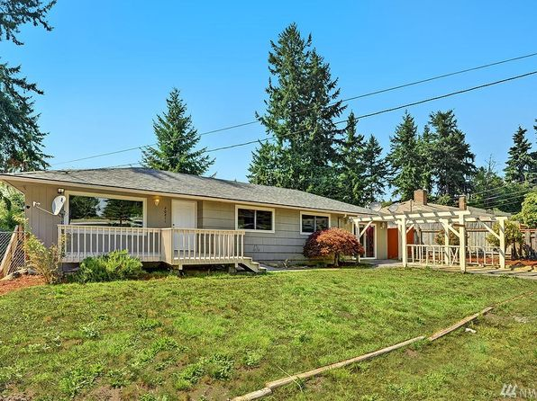3 bed 2 bath Single Family at 20211 12th Pl S Seatac, WA, 98198 is for sale at 430k - 1 of 19
