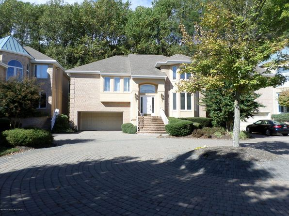 2 bed 3 bath Single Family at 92 Las Palmas Ct Holmdel, NJ, 07733 is for sale at 570k - 1 of 19