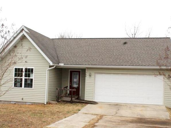 3 bed 2 bath Single Family at 300 Crownover St Gassville, AR, 72635 is for sale at 80k - 1 of 12