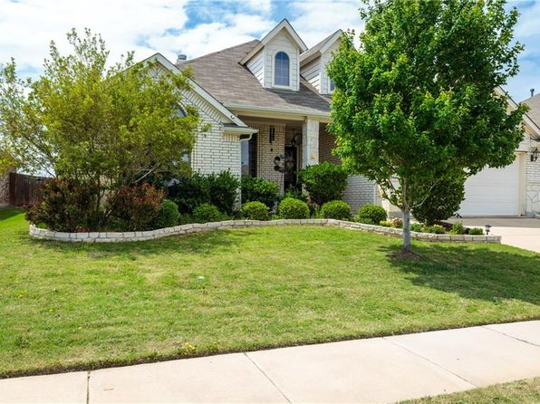 4 bed 2 bath Single Family at 10617 Devinstone Dr Fort Worth, TX, 76177 is for sale at 240k - 1 of 36