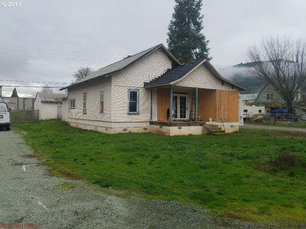 2 bed 1 bath Single Family at 244 L St Riddle, OR, 97469 is for sale at 69k - google static map