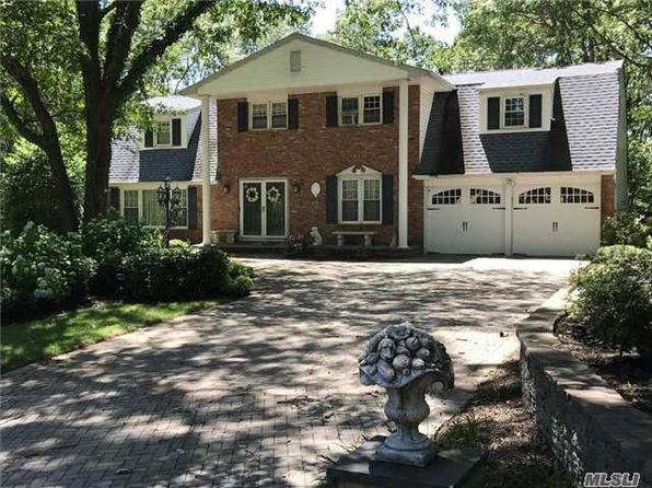 5 bed 3 bath Single Family at 8 LEROY CT COMMACK, NY, 11725 is for sale at 602k - google static map