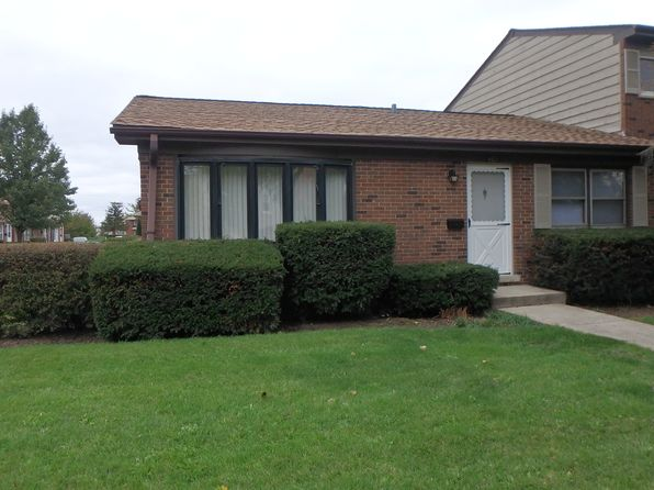 2 bed 1 bath Townhouse at 485 Washington Sq Wood Dale, IL, 60191 is for sale at 143k - 1 of 24
