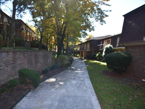 2 bed 2 bath Condo at 3400 Kim Ct Roanoke, VA, 24018 is for sale at 109k - 1 of 16