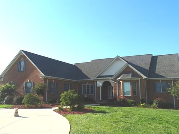 6 bed 3 bath Single Family at 2675 Evins Mill Rd Smithville, TN, 37166 is for sale at 1.55m - 1 of 46