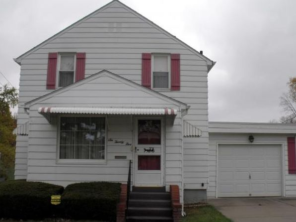 4 bed 2 bath Single Family at 625 June St Endicott, NY, 13760 is for sale at 89k - 1 of 25