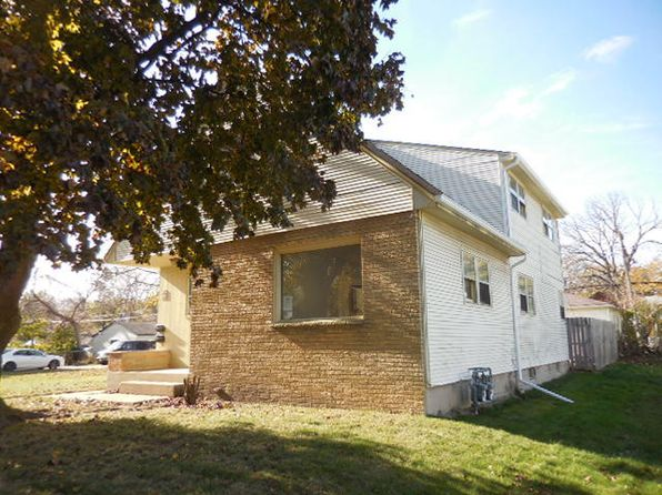 2 bed 1 bath Multi Family at 5943 N 69th St Milwaukee, WI, 53218 is for sale at 60k - 1 of 14