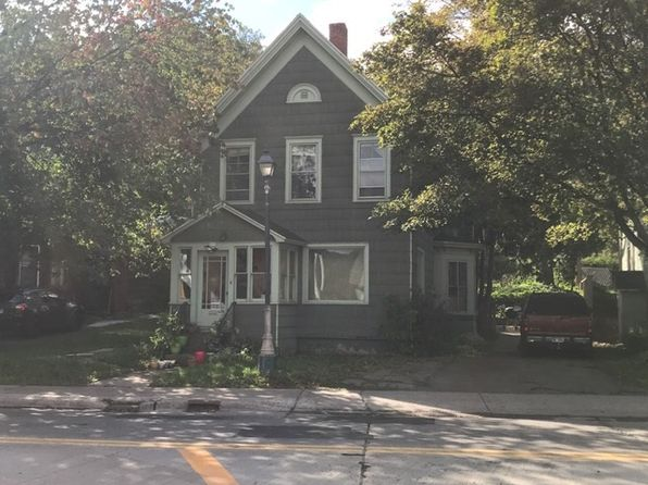 5 bed 2 bath Single Family at 909 College Ave Houghton, MI, 49931 is for sale at 149k - 1 of 15