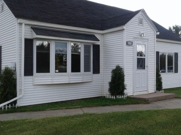 5 bed 1 bath Single Family at 916 Washington Ave S Bemidji, MN, 56601 is for sale at 109k - 1 of 13