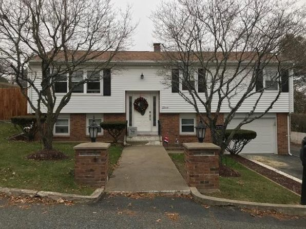 3 bed 2 bath Single Family at 2 La Bonte Rd North Providence, RI, 02911 is for sale at 270k - 1 of 23