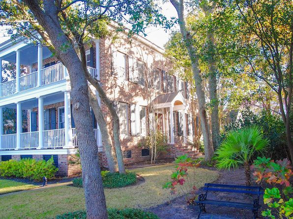 4 bed 4 bath Single Family at 31 Eastlake Rd Mount Pleasant, SC, 29464 is for sale at 1.18m - 1 of 31