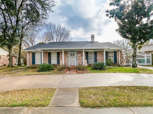 3 bed 2 bath Single Family at 12747 SHANNON HILLS DR HOUSTON, TX, 77099 is for sale at 169k - 1 of 18