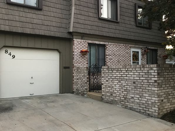 3 bed 3 bath Condo at 849 Tollis Pkwy Broadview Heights, OH, 44147 is for sale at 120k - 1 of 14