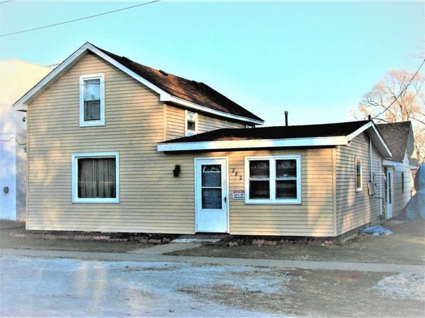 2 bed 1 bath Single Family at 202 N Bridge St Aroma Park, IL, 60910 is for sale at 70k - 1 of 3
