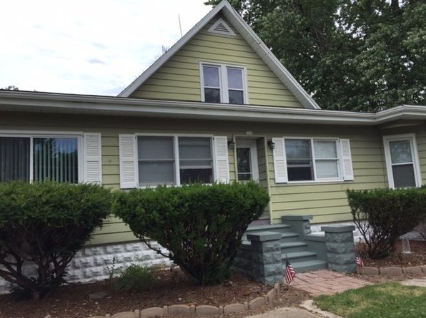 3 bed 1 bath Single Family at 606 Bradley St Cornell, IL, 61319 is for sale at 83k - 1 of 29