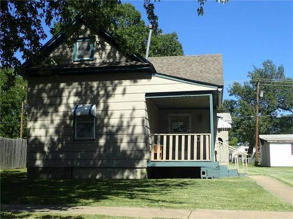 2 bed 1 bath Single Family at 809 N Walnut St Iola, KS, 66749 is for sale at 25k - 1 of 15