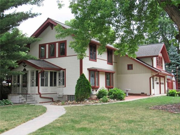4 bed 4 bath Single Family at 2114 Country Club Blvd Ames, IA, 50014 is for sale at 299k - 1 of 25