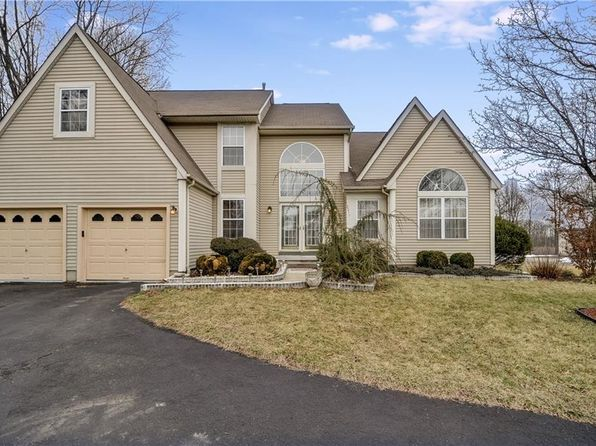4 bed 4 bath Single Family at 2 Jesse Ct Monmouth Junction, NJ, 08852 is for sale at 575k - 1 of 25