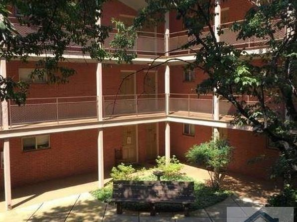 2 bed 1 bath Condo at 250 Little St D210 Athens, GA, 30605 is for sale at 83k - 1 of 3