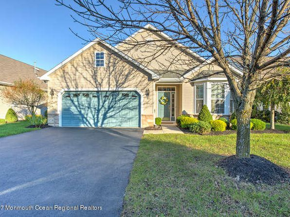 2 bed 2 bath Single Family at 119 Enclave Blvd Lakewood, NJ, 08701 is for sale at 319k - 1 of 33