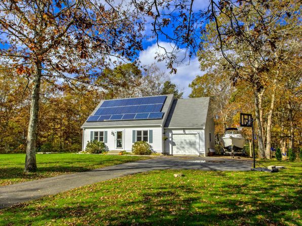 3 bed 2 bath Single Family at 10 Windsong Rd Forestdale, MA, 02644 is for sale at 340k - 1 of 35