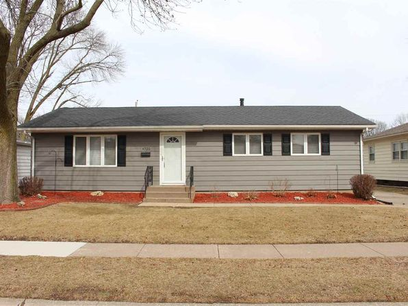 3 bed 1 bath Single Family at 4721 18TH AVENUE CT MOLINE, IL, 61265 is for sale at 120k - 1 of 24