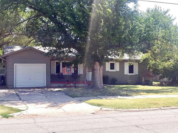3 bed 2 bath Single Family at 1913 Roach St Salina, KS, 67401 is for sale at 130k - 1 of 14