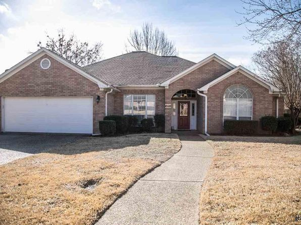3 bed 2 bath Single Family at 1310 Spring Branch Dr Tyler, TX, 75703 is for sale at 224k - 1 of 35
