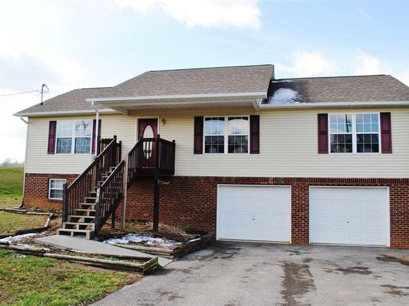 3 bed 2 bath Single Family at 1763 Sand Plant Rd Sevierville, TN, 37876 is for sale at 165k - 1 of 30