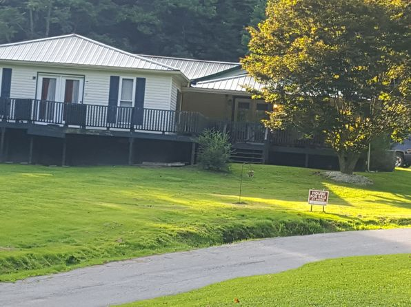3 bed 2 bath Single Family at 1033 Canoe Br Chapmanville, WV, 25508 is for sale at 220k - 1 of 54