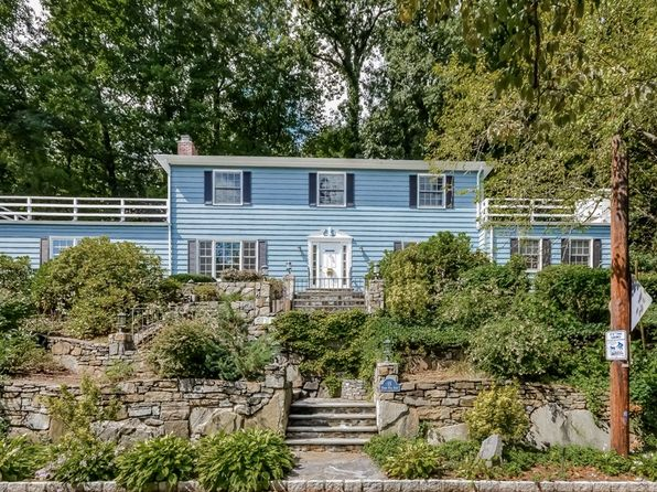 4 bed 3 bath Single Family at 15 Beech Hill Rd Scarsdale, NY, 10583 is for sale at 799k - 1 of 23