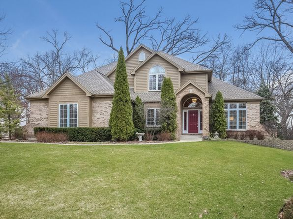 4 bed 3.5 bath Single Family at 7258 Brae Ct Gurnee, IL, 60031 is for sale at 640k - 1 of 28