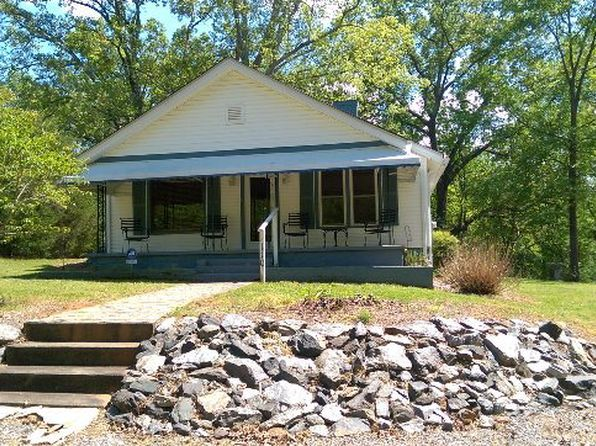 4 bed 1 bath Single Family at 110 SEVEN SPRINGS ST BLACKSBURG, SC, 29702 is for sale at 80k - 1 of 20